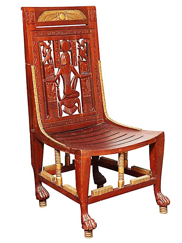 Древний стул с египетской резкой